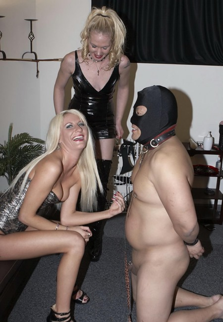 mistress-jennifer-end-of-the-line---double-domination