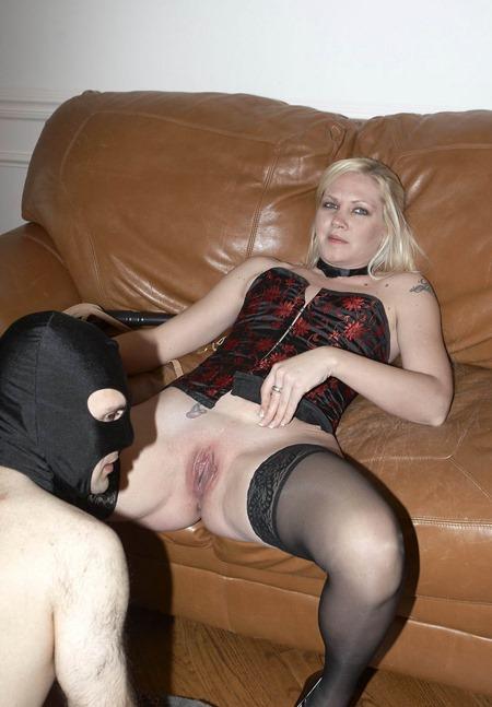 pussy-licking-trample-slut